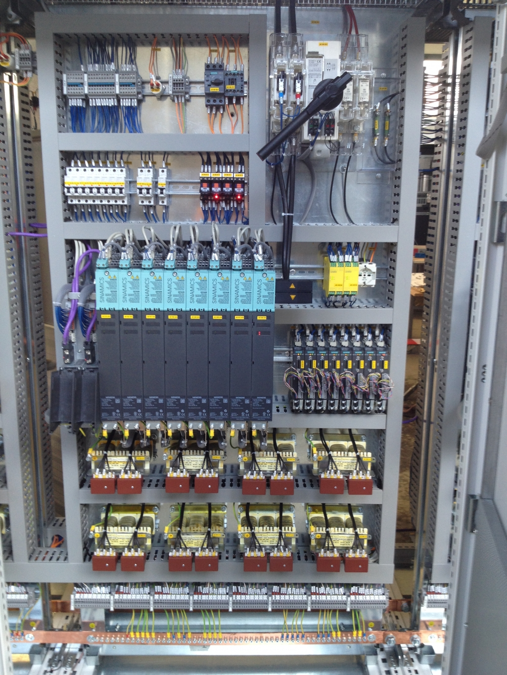 Schema Elettrico Quadro : Progettazione quadri elettrici di potenza ed automazione studio